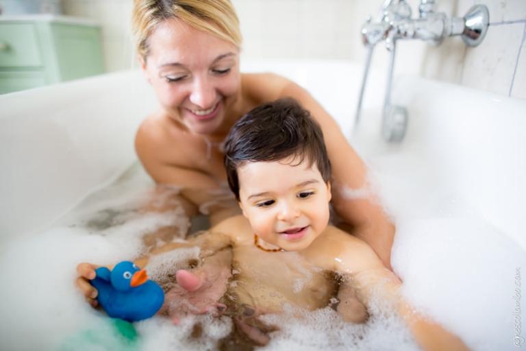 L'heure du bain Villemomble | Agnes Colombo, photographe famille Paris