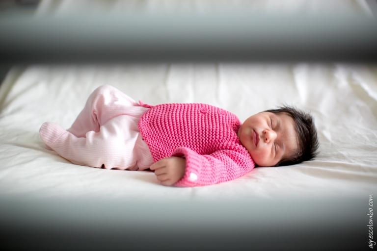 Photographe bebe maternite Suresnes | Agnes Colombo, photographe maternite Paris