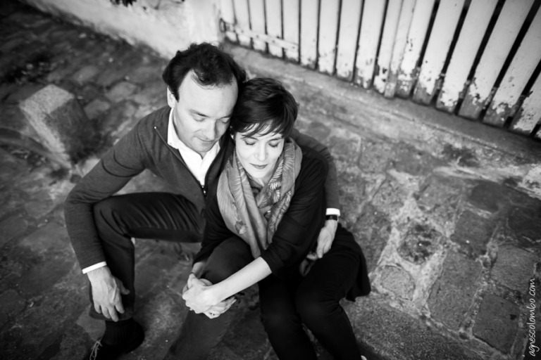 Seance engagement Paris Montmartre | Agnes Colombo, photographe couple Paris