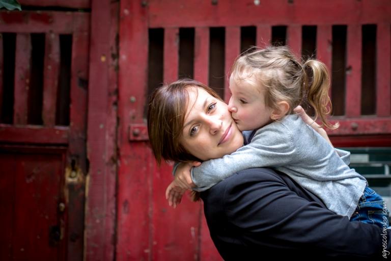 Seance photo mere-fille Paris | Agnes Colombo, photographe famille Paris
