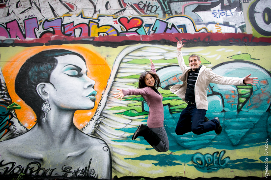 Seance couple street art Paris | Agnes Colombo, photographe couple Paris