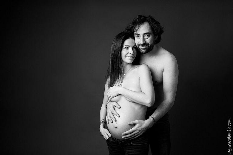 Shooting femme enceinte Paris - Etre enceinte de jumeaux - Grossesse Gemellaire