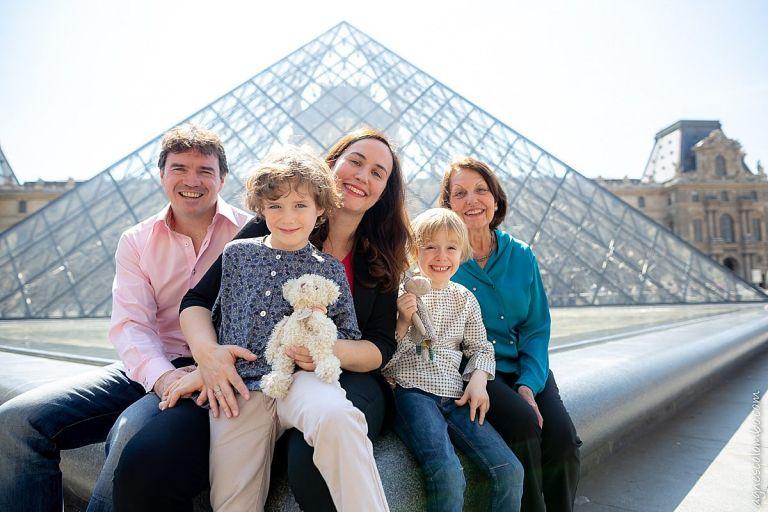 Photos de famille au Louvre