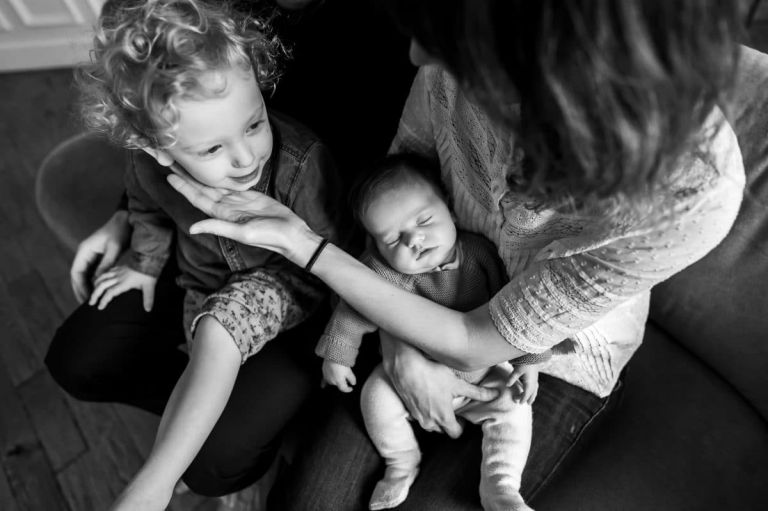 Faire une séance photo bébé à la maison